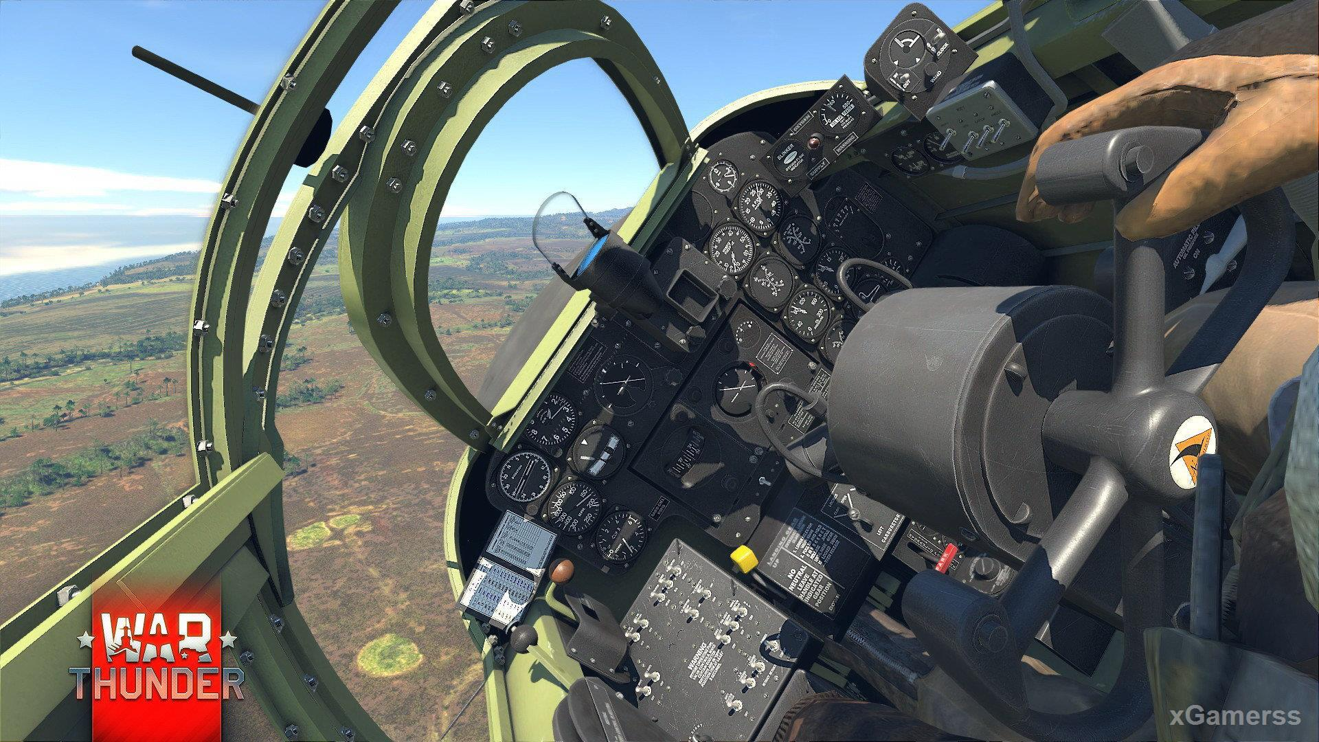 War Thunder for PS4 - free online war Flying game